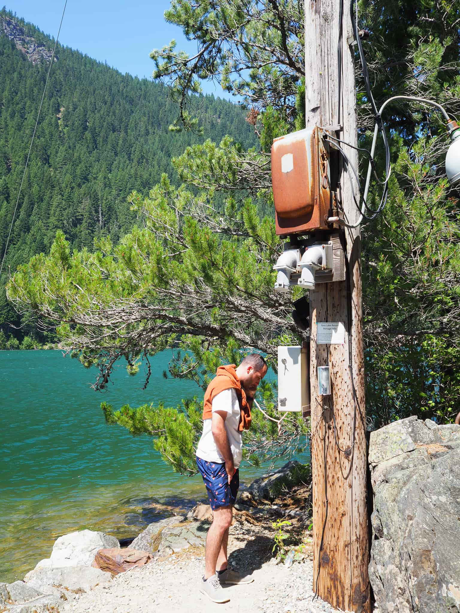 North Cascades National Park is in northern Washington State. A perfect day trip from Seattle, WA. This guide will detail a boat rental on Ross Lake! I felt like a James Bond spy getting to this hidden resort to rent the boat. Peep the hidden phone.